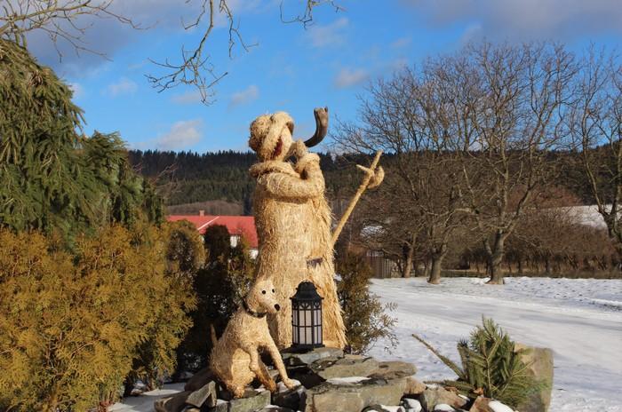 Kladruby v Železných horách-vánoční výzdoba-ponocný